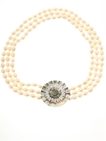 White Triple Strand Flower Necklace