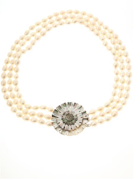 White Triple Strand Flower Necklace